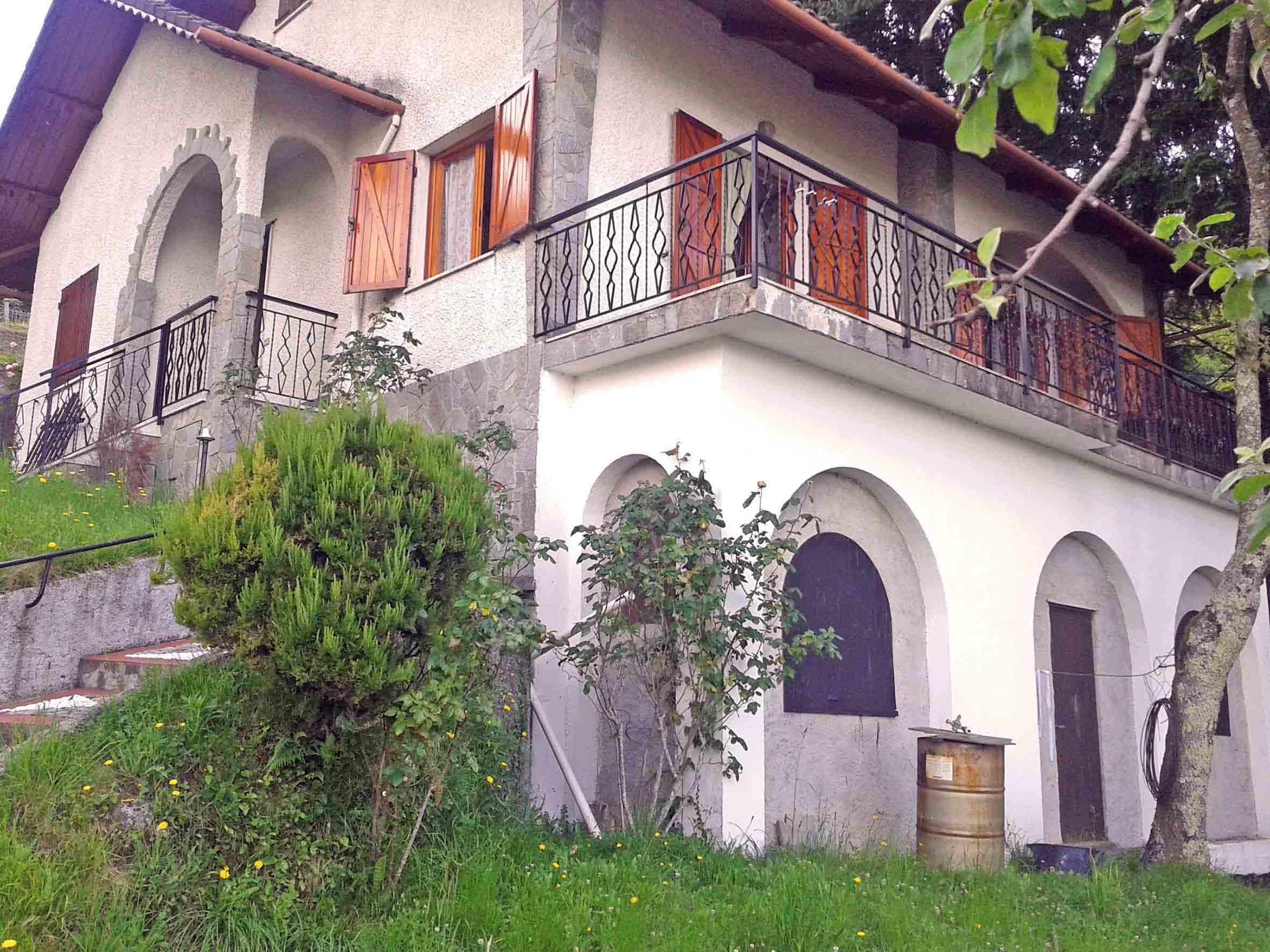 Case in vendita provincia genova cerco casa in vendita in for Case in stile capannone